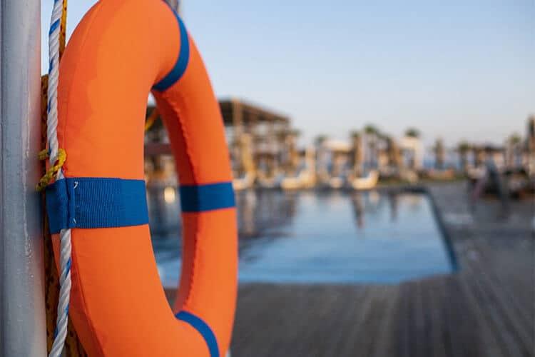 Guía de seguridad para accidentes en piscinas
