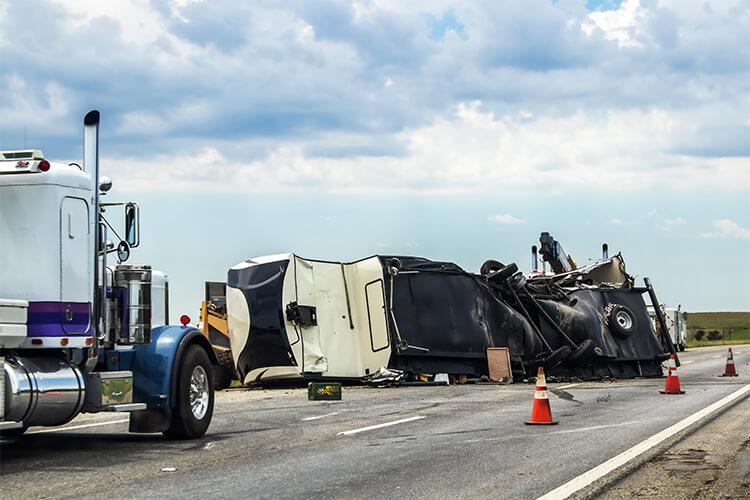 Abogado de accidentes de camiones de Midlothian